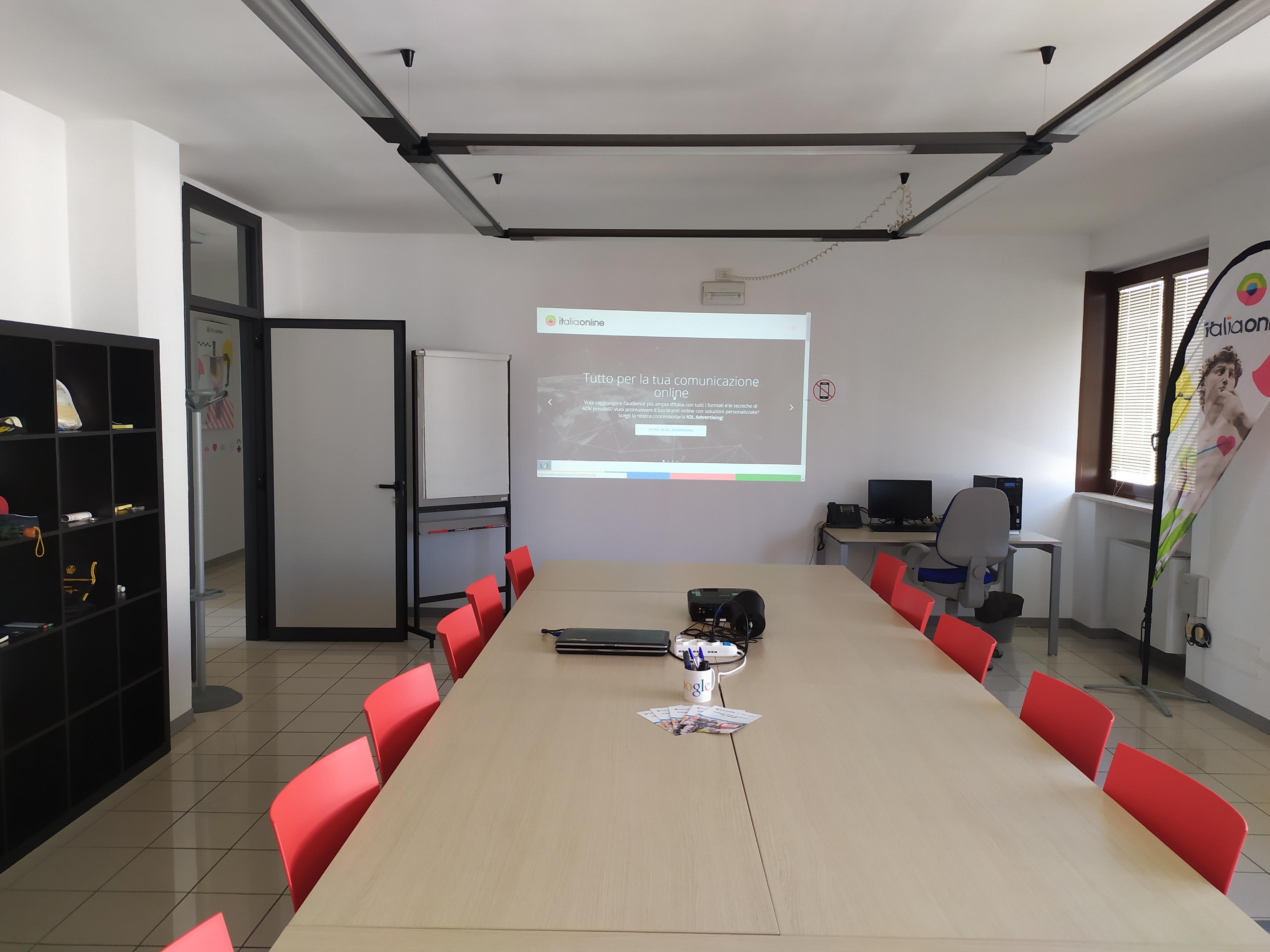 Italiaonline Lecce sala riunioni