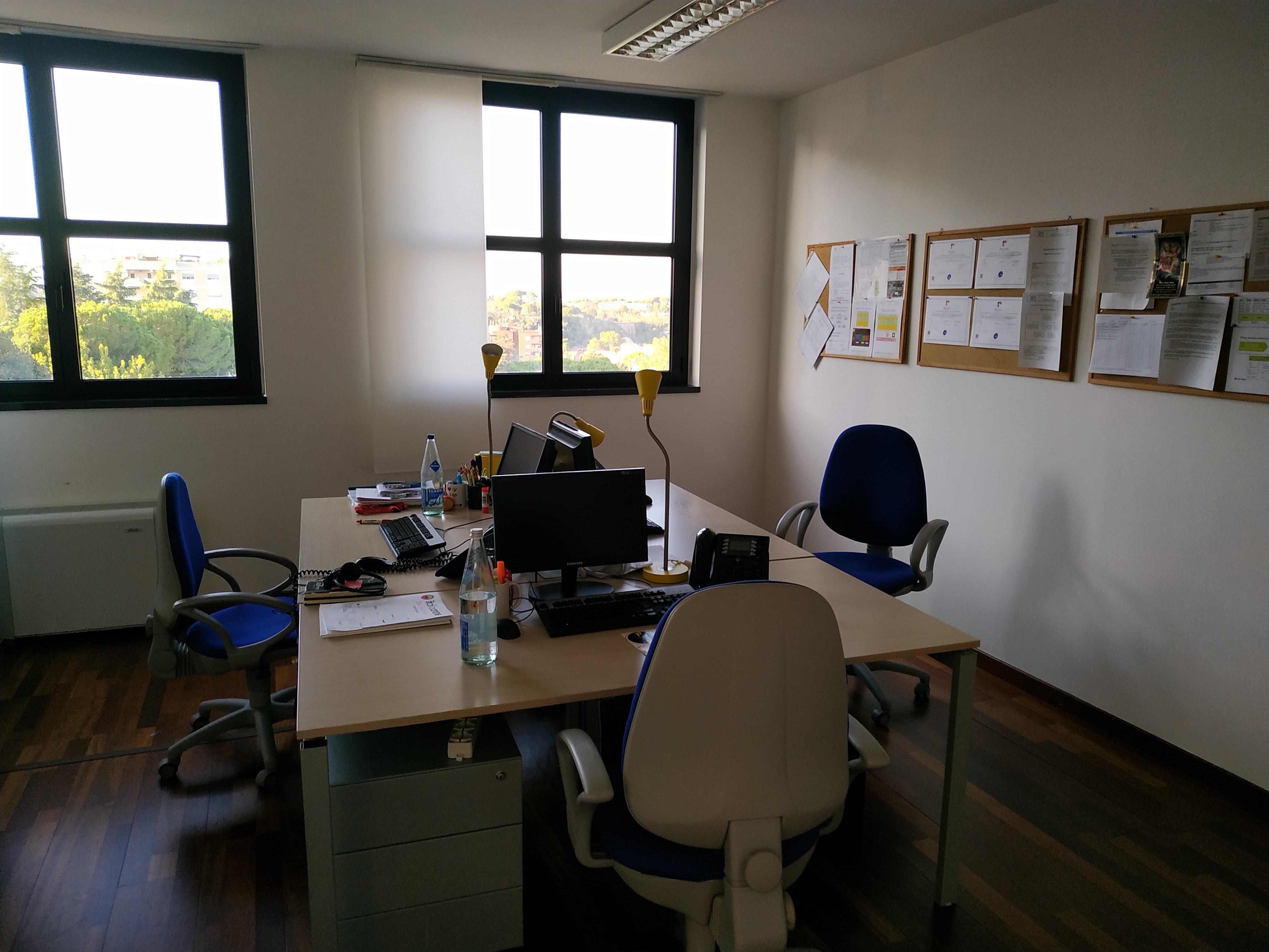 Web Agency IOL Roma via Friuli interni