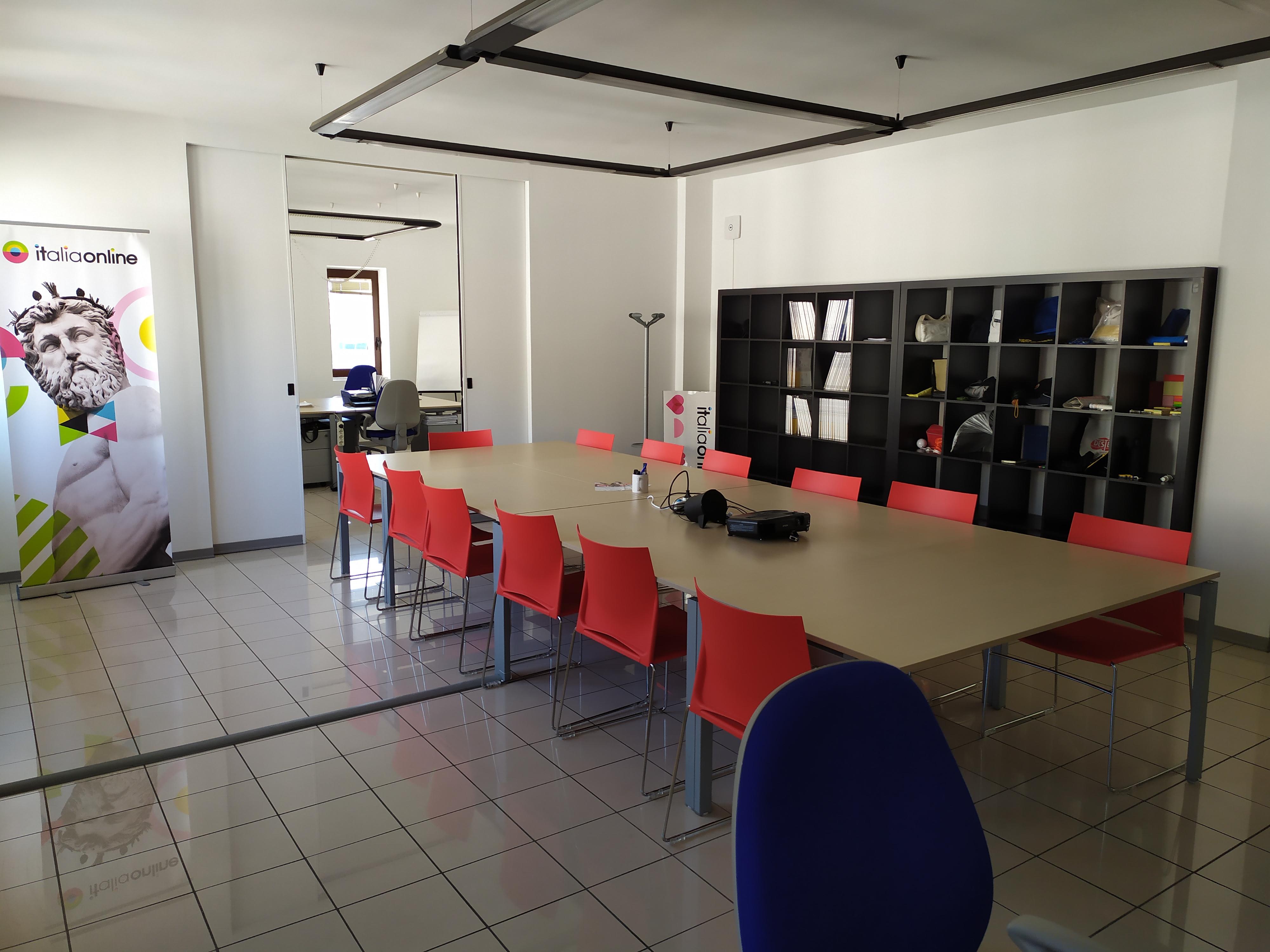 Web Agency IOL sede di Lecce foto interni