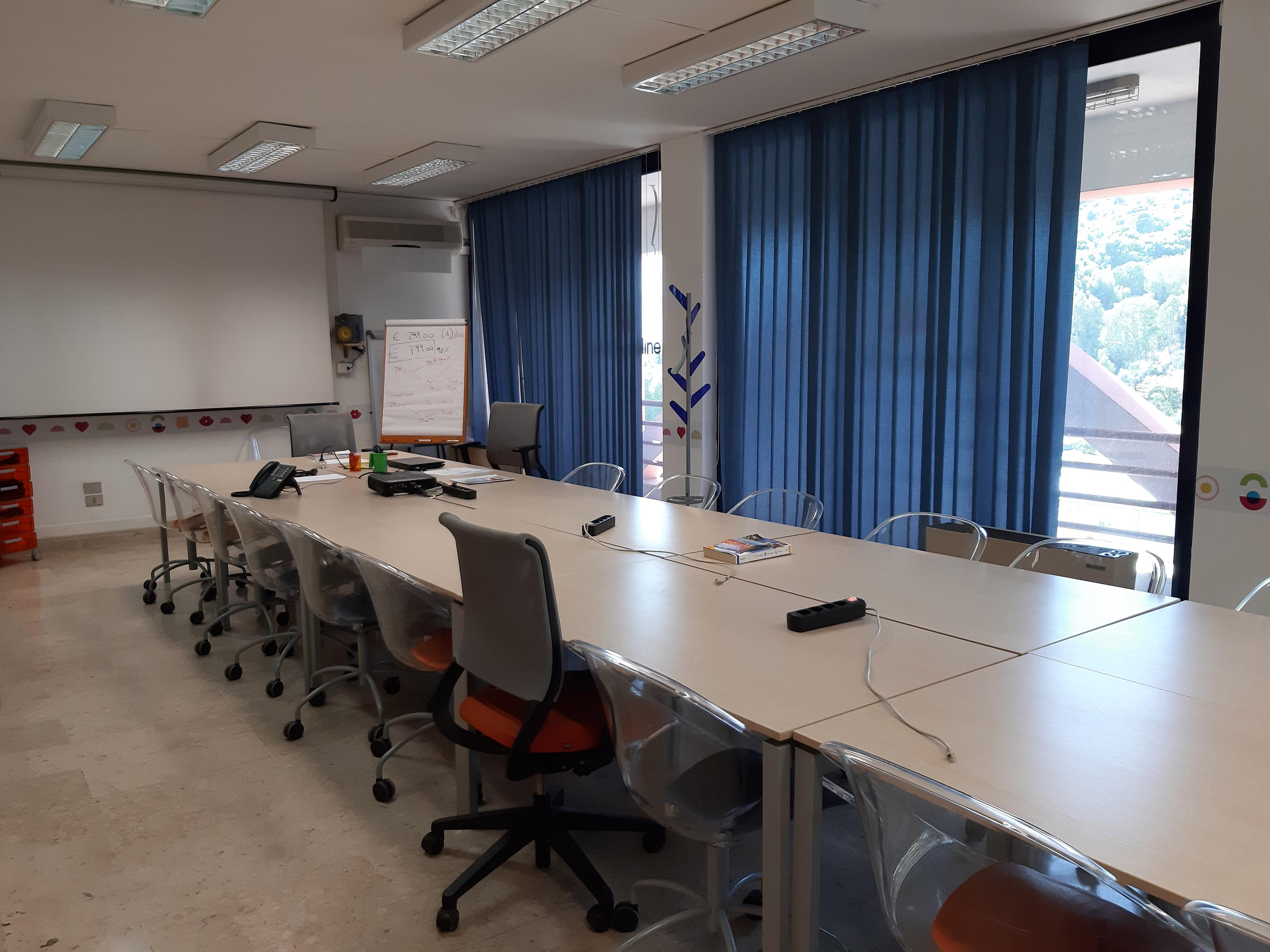 Web Agency Palermo IOL sala riunioni