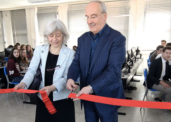 THE INAUGURATION OF ITALIAONLINE COMPUTER LAB IN A MILAN HIGH SCHOOL